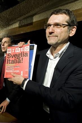 lavoro,italia,prima pagina,politica,economia,virginio merola,bologna,via petroni,degrado a bologna,coprifuoco a bologna,orari negozi,